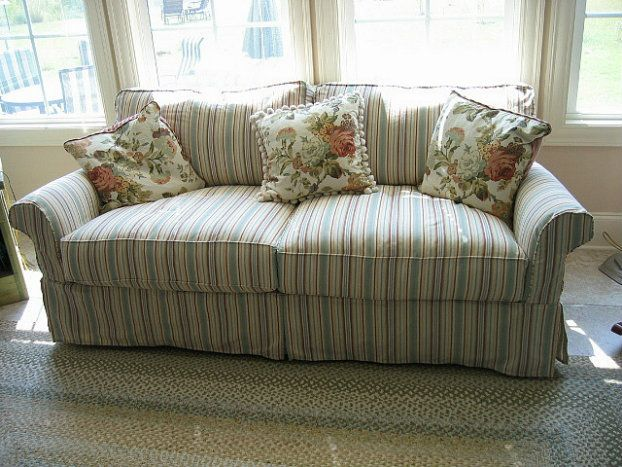 Shabby Chic Sofas Shabby Chic Dining Room Decorating Ideas | 400 X 400 · 42  KB