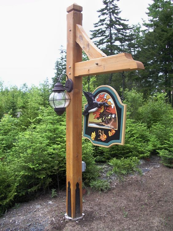 Timber Lamp Post With Sign And Light Yard Pinterest
