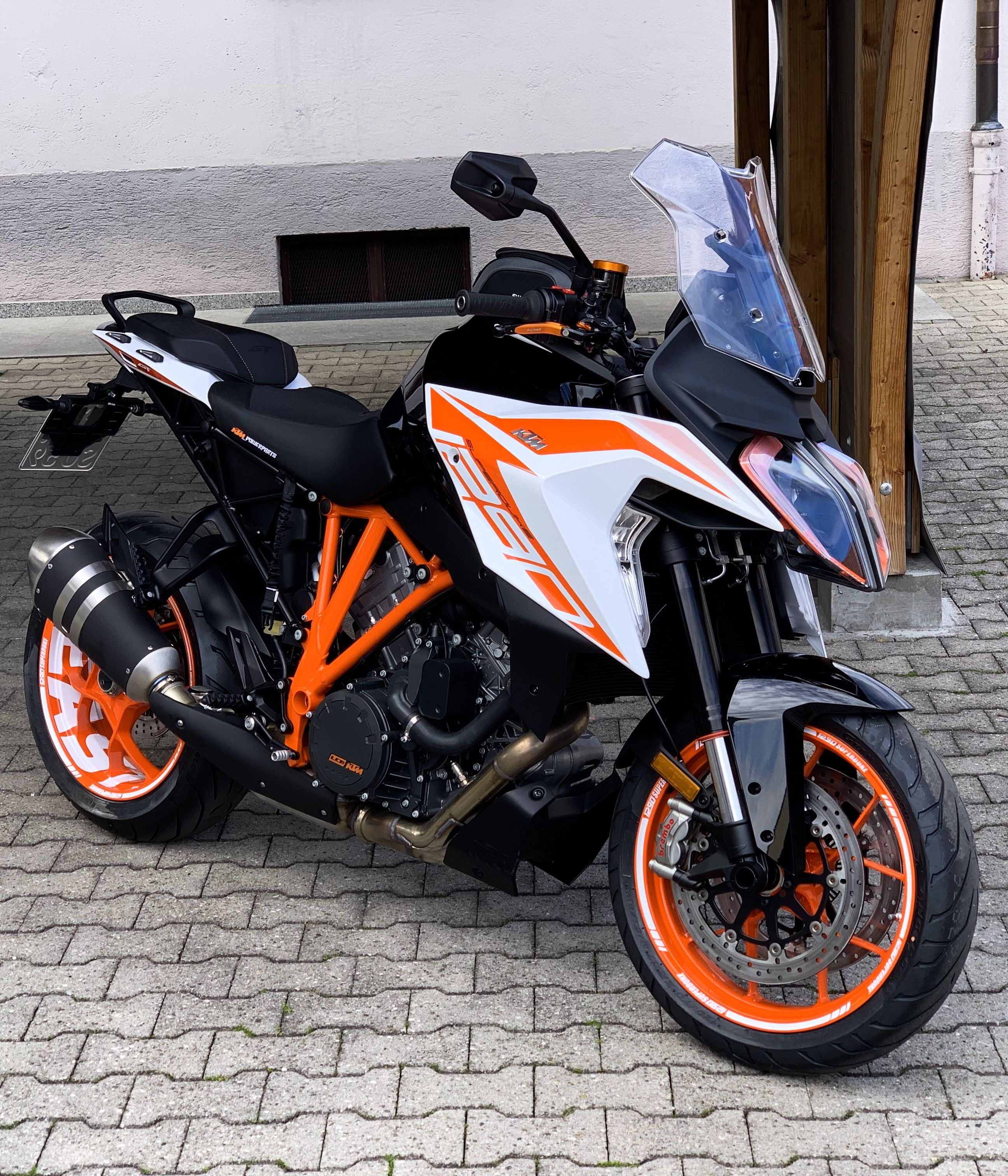 Pin By Murat Altunkalbur On Ktm Ktm Bike Ride Ktm Super Duke