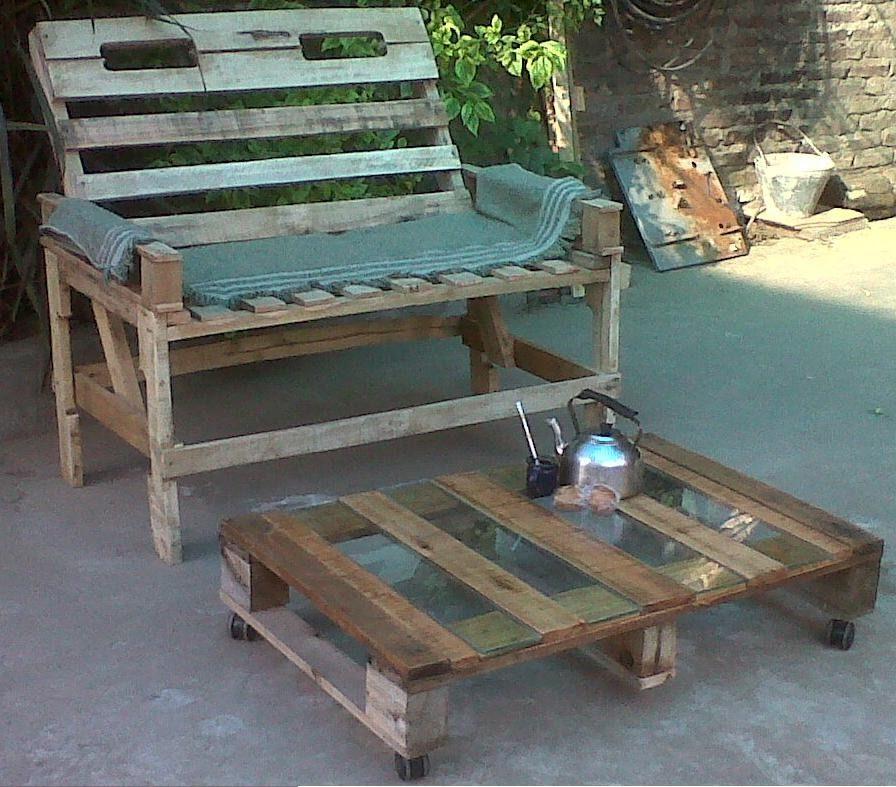 Sillon banco de madera de palets reciclado madera de for Reciclado de palets sillones