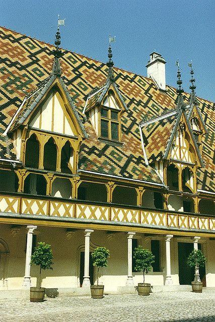 Hotel Dieu - Beaune, France - [1200 x 1800]