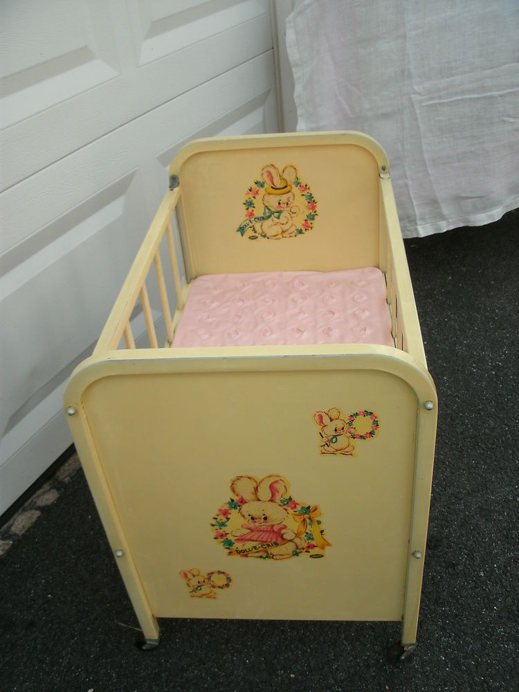 Amsco Doll E Crib Yellow 1950 S Metal Drop Gate Wood Wheels Mattress Amsco Baby Doll Furniture Vintage Baby Nursery Doll Crib