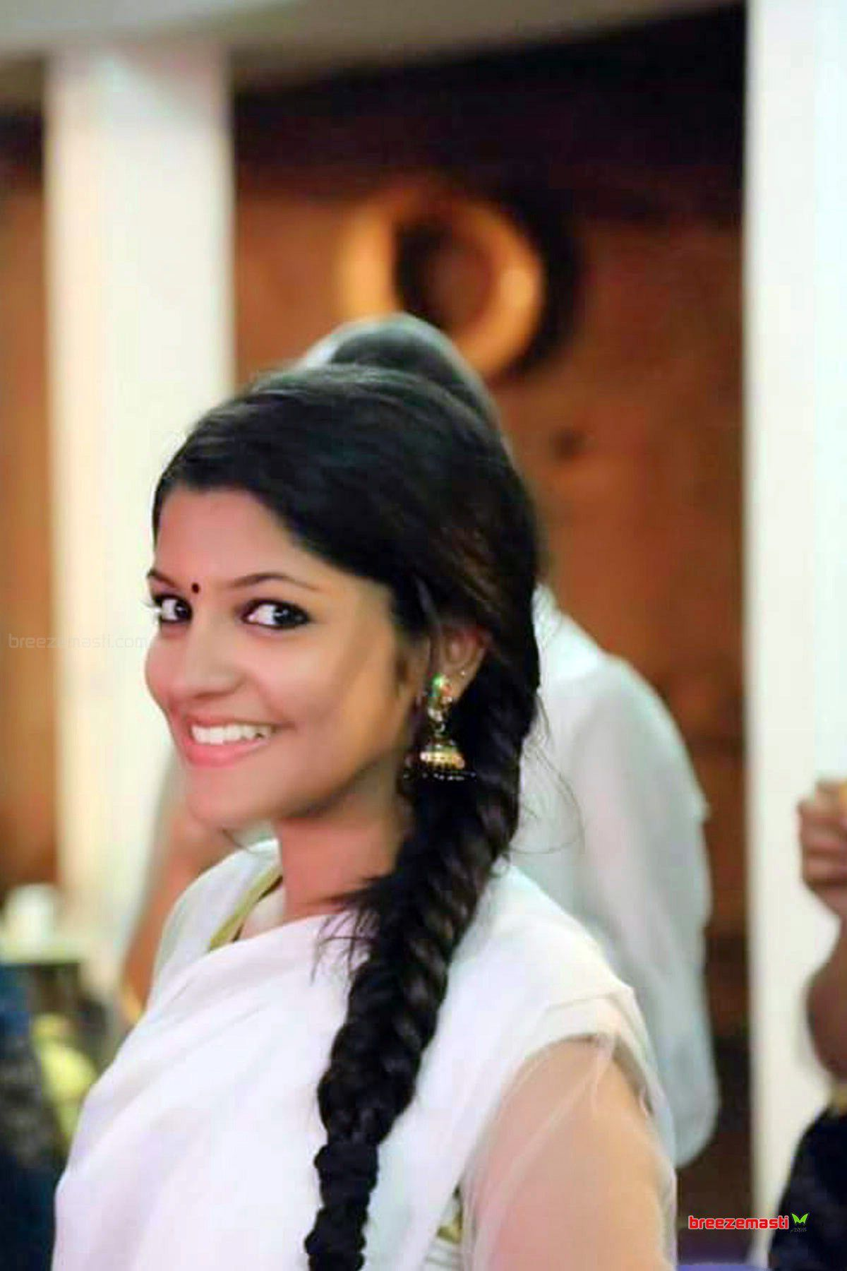 Aparna Balamurali Actress biography, wiki, age, Husband