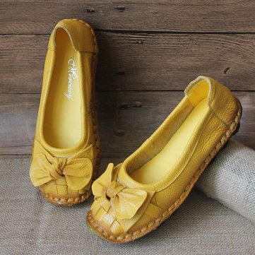 29b3ad8a505 SOCOFY Butterfly Knot Woven Soft Retro Flat Shoes is cheap and comfortable.  There are other cheap women flats and loafers online Mobile.