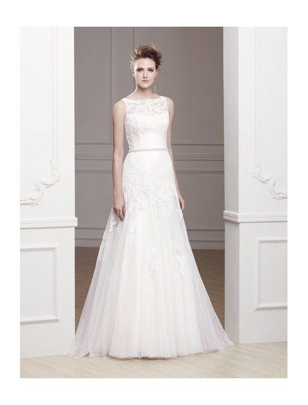 Wedding dress bateau neckline lace