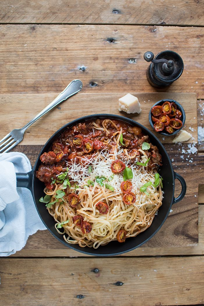 Photo of Pasta with chilli ragout and oven tomatoes ⋆ crispy room