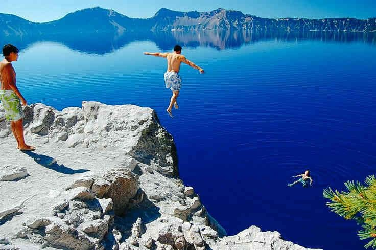 Cliff jumping crater lake or crater lake national park