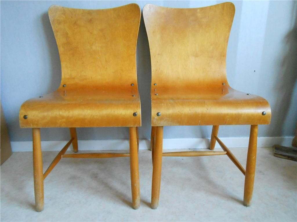 Björkstolar i formpressad björk  Birch chairs