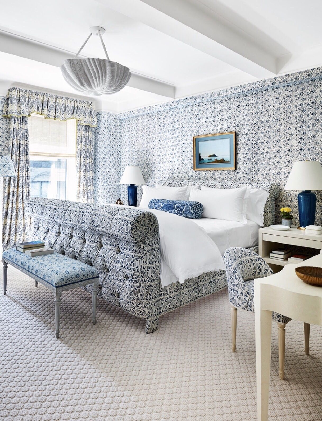 Blue and white bedroom - Markham Roberts Blue And White Bedroom Photo Thomas Loof For House Beautiful