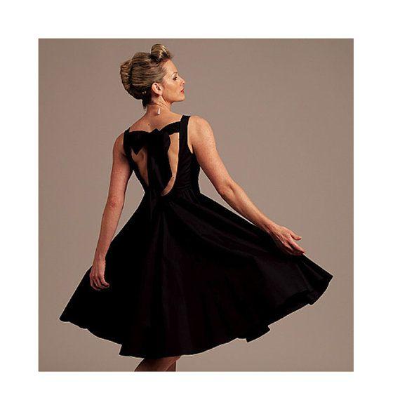 Backless Dress Sewing Pattern - Size 6 to 12 - Vogue 1102 - Uncut ...