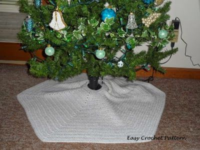 This is the hexagon Christmas tree skirt that goes underneath our ...