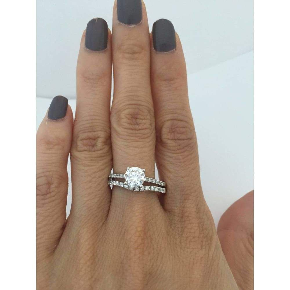 1 Carat Solitaire 4 Prong Cubic Zirconia Engagement Ring With Matching Curved Band Silver By Cz Sparkle Jewelr Sparkle Jewelry Jewelry Silver Jewelry Fashion