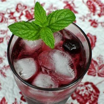 Cherry Vanilla Italian Soda (No sugar added) Recipe