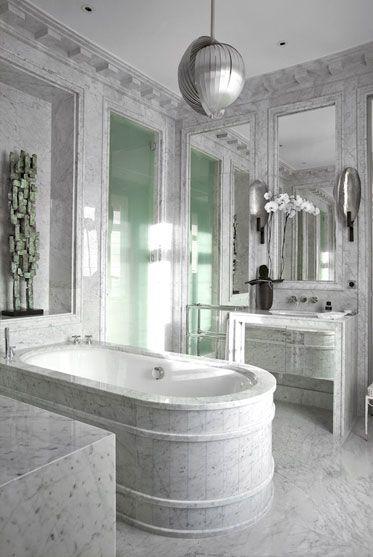 See Inside Elie Saab\u0027s Luxury Paris Apartment Baños lujosos