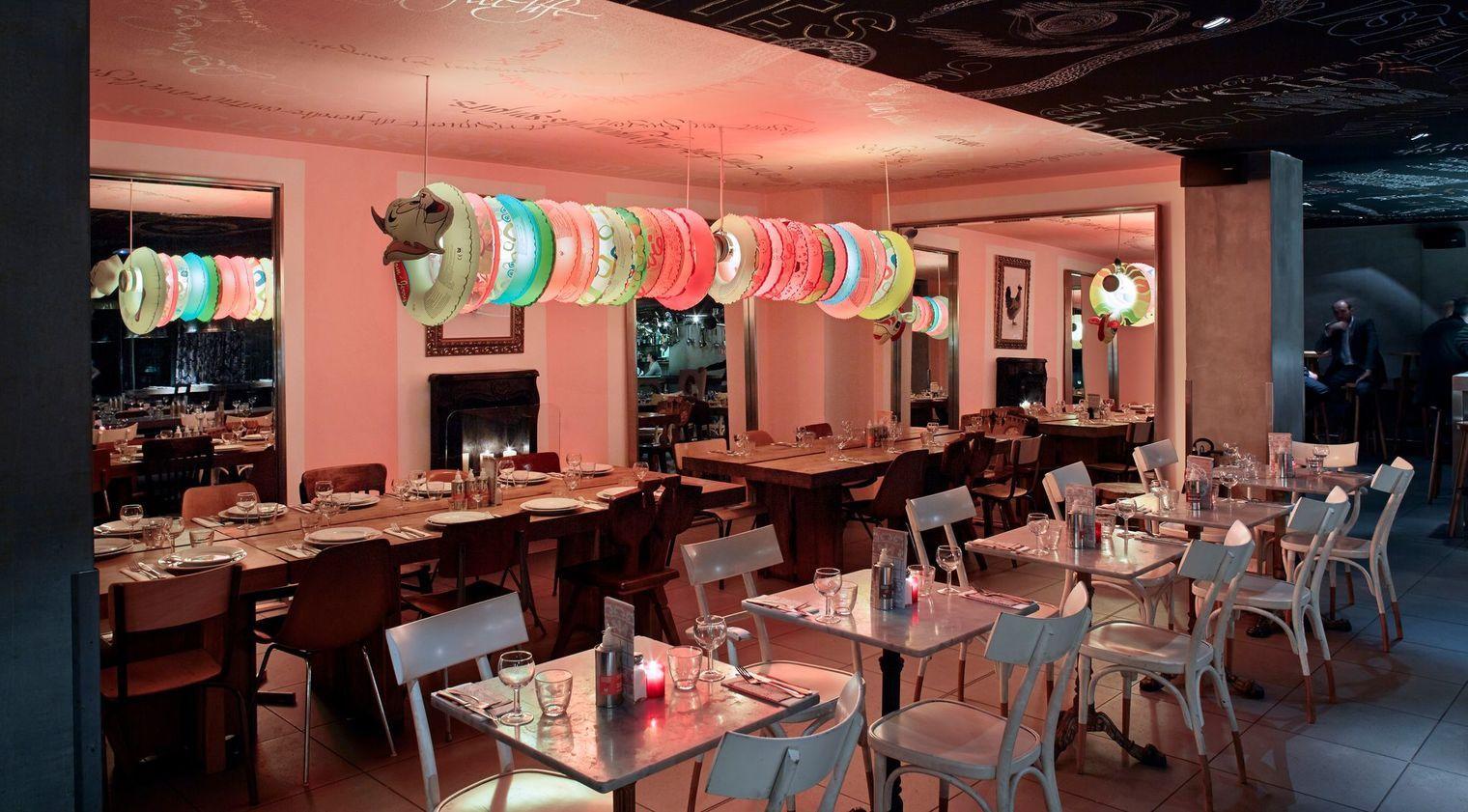 Idée Déco Des Bars Et Restaurants Pour S Inspirer Design De Restaurant Intérieurs D Hôtel Deco Restaurant