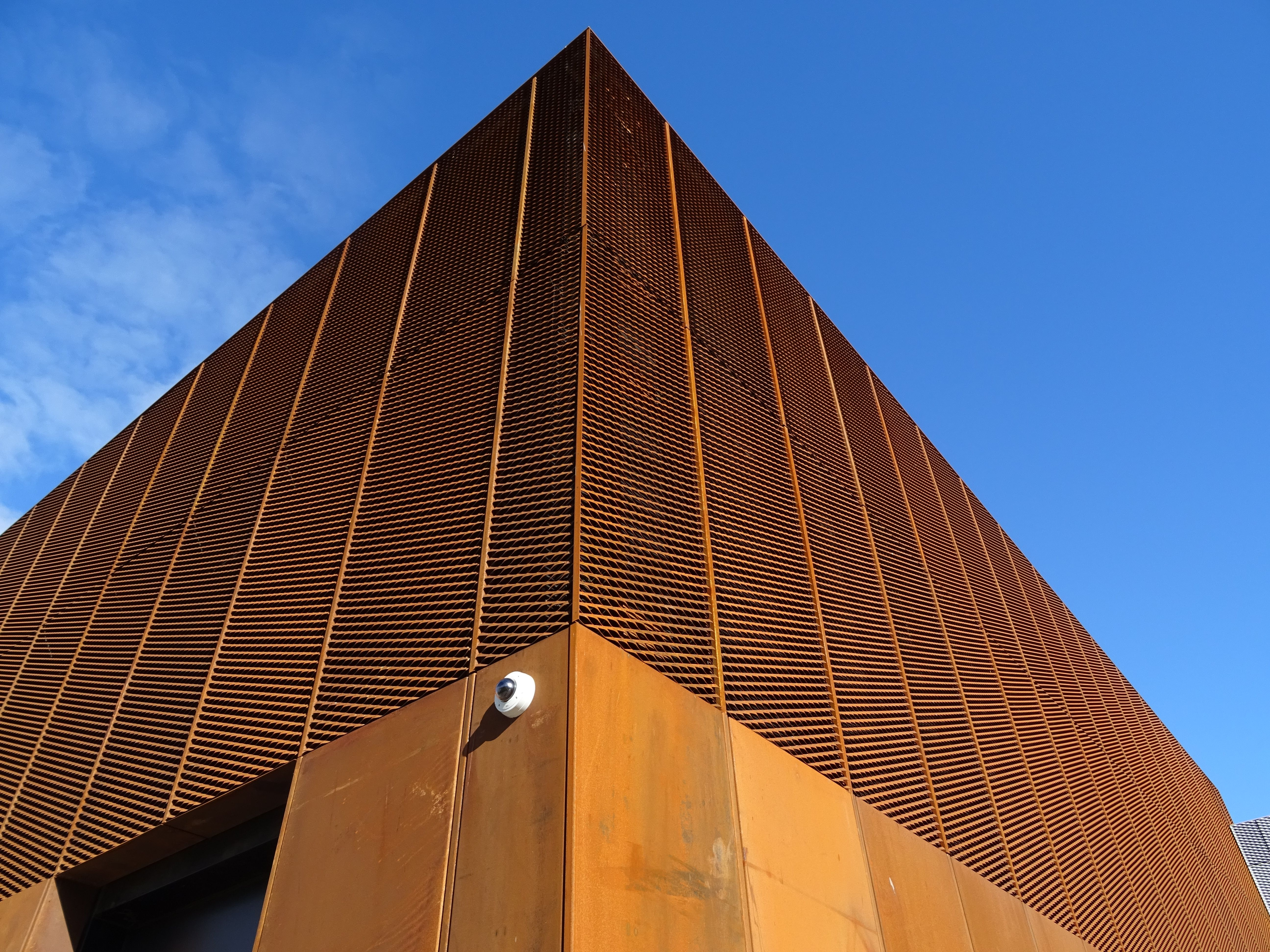 corten mesh facade hebburn community hub gardens. Black Bedroom Furniture Sets. Home Design Ideas