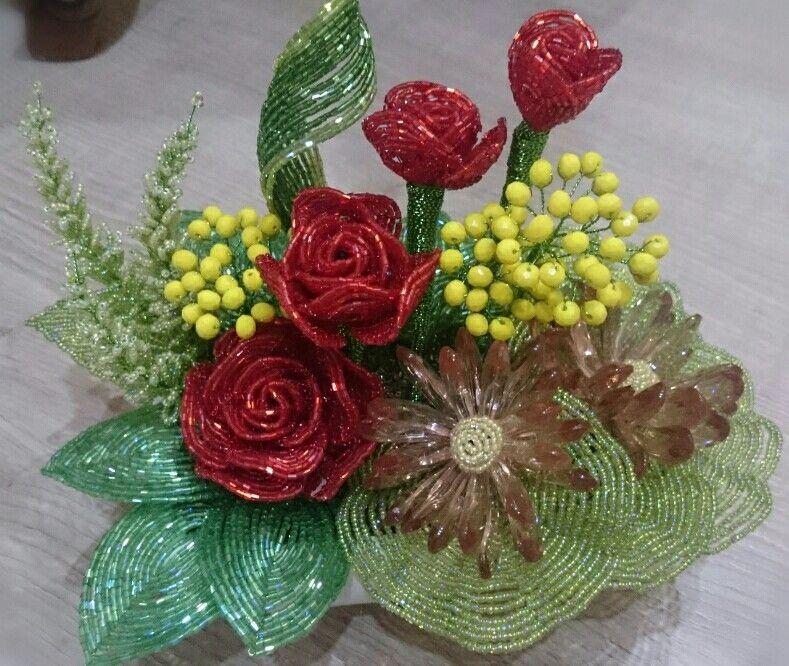 Beaded beaded flower  دسته گل منجوقی