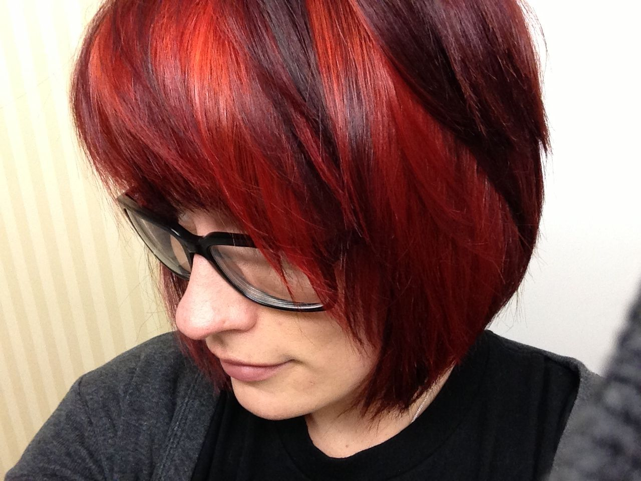 Pallex early hair dark redcrimson with brightbold red pallex early hair dark redcrimson with brightbold red highlights shaggy pmusecretfo Images