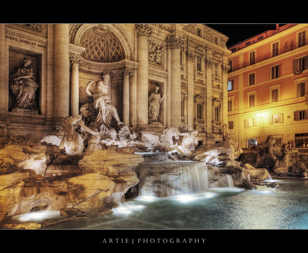 The Trevi Fountain, Rome, Italy :: HDR