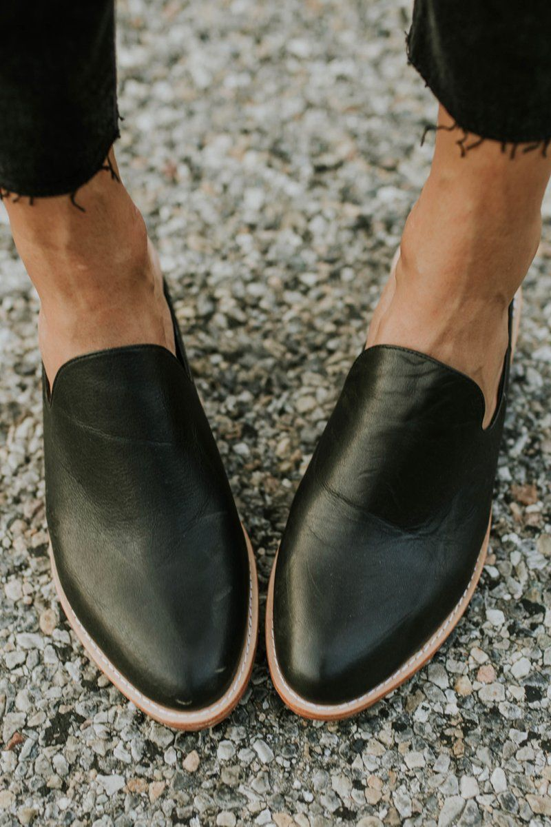 Michelle Leather Mules Work Shoes Women Dress Shoes Men Outfit Shoes [ 1200 x 800 Pixel ]