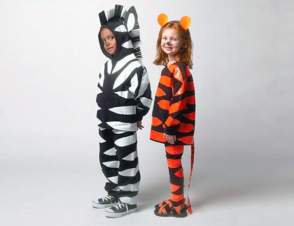 6 easy diy halloween costumes for kids costumes pinterest 6 easy diy halloween costumes for kids pictured simple duct tape zebra tiger costumes solutioingenieria Images