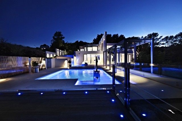 Love this home at night