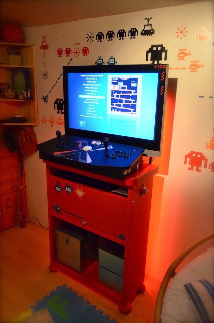 Love this! Want an Arcade room when / If I ever get a bigger place ...