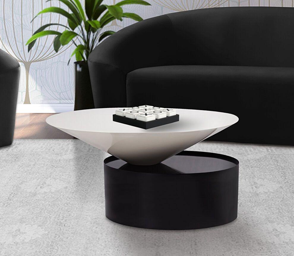 Damon Black Coffee Table 266 Meridian Furniture Coffee Tables Coffee Table Black Coffee Tables Meridian Furniture [ 863 x 990 Pixel ]