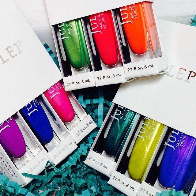 Hello pretty Vivid Collection colors!