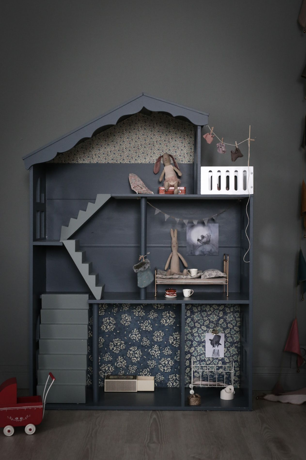 Dockskåp | baravickan | kids rooms | Pinterest | Kinderzimmer ...