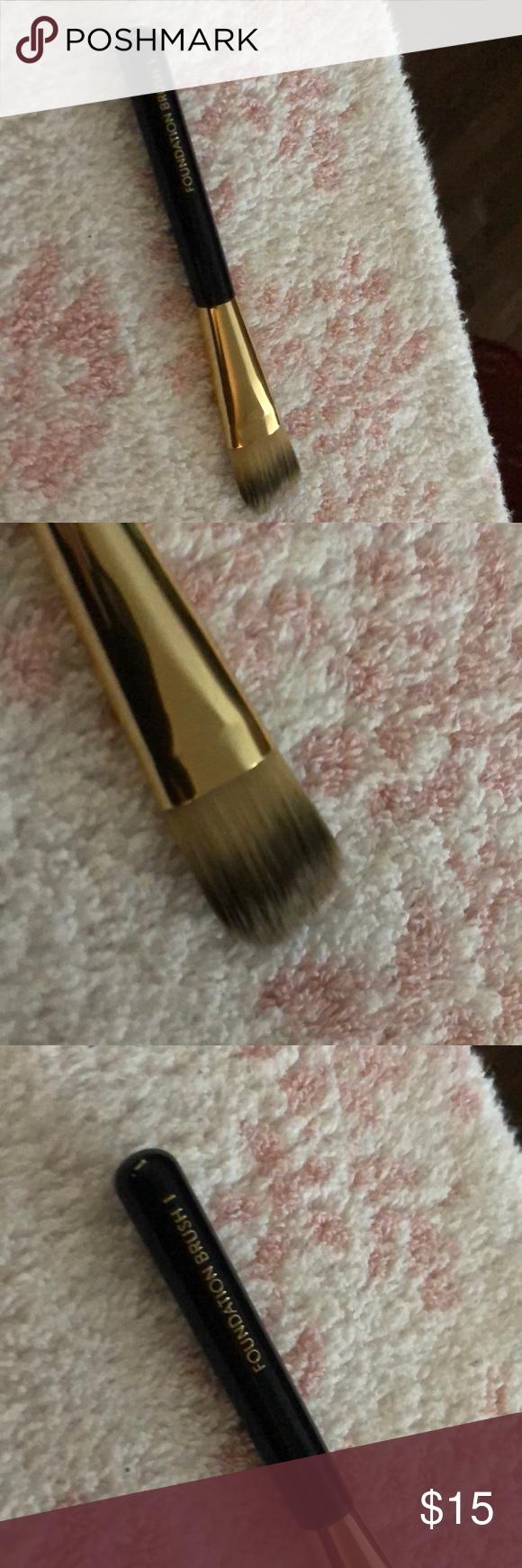 Estée makeup brush Makeup brushes, Makeup, Makeup tools