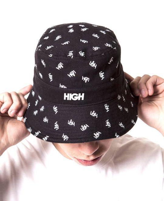 Bucket hat da marca brasileira High Company d69af4d17a4