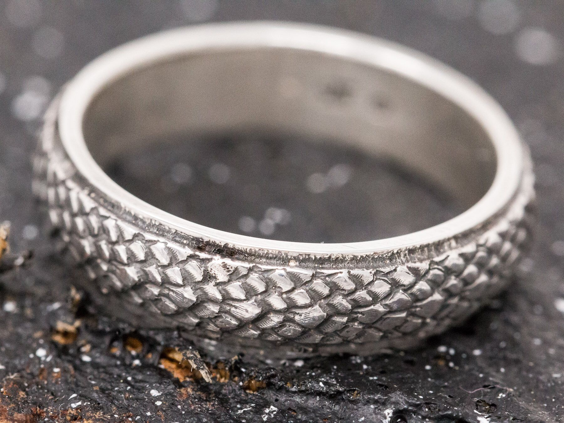 Sterling silver thumb ring handcrafted crosshatch design