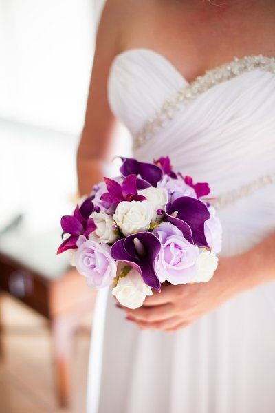 Purple And White Wedding Bouquet I Think These May Be Fake