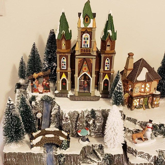 HUGE! XLarge 27 SKI SLOPE for Dept 56 Village, Christmas Display base platform, Snow Village, Dickens, City, miniature decor decoration
