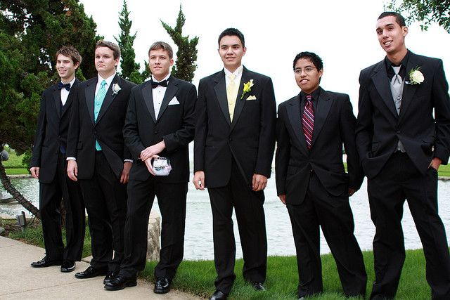what to wear at homecoming for guys
