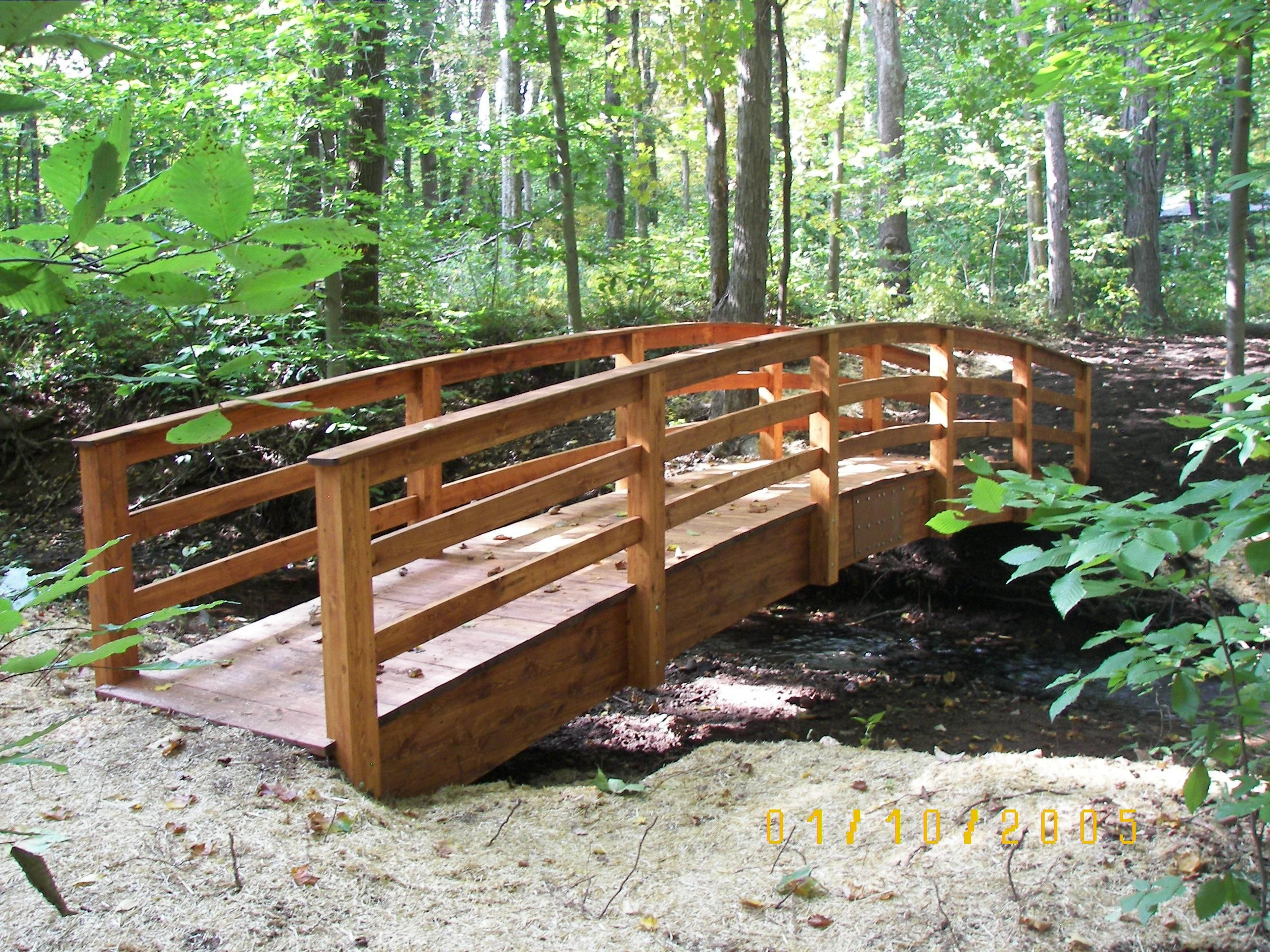 Wooden Garden And Pond Bridges Can Be Used As A Trail 400 x 300