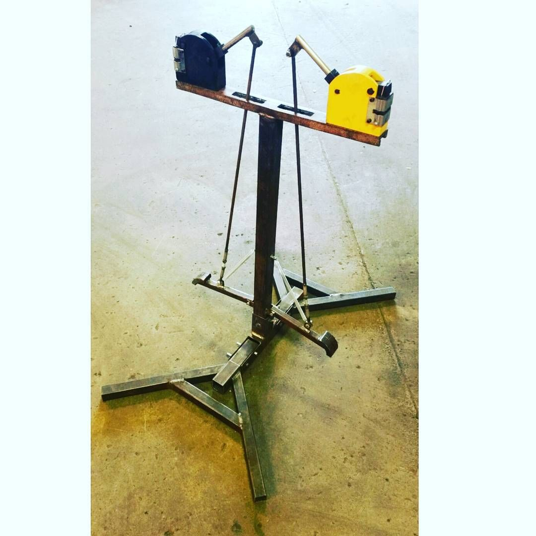 Made This Shrinker Stretcher Setup On The Fly For My Buddy 844dabrush It Turne Metal Fabrication Tools Sheet Metal Fabrication Metal Working Tools