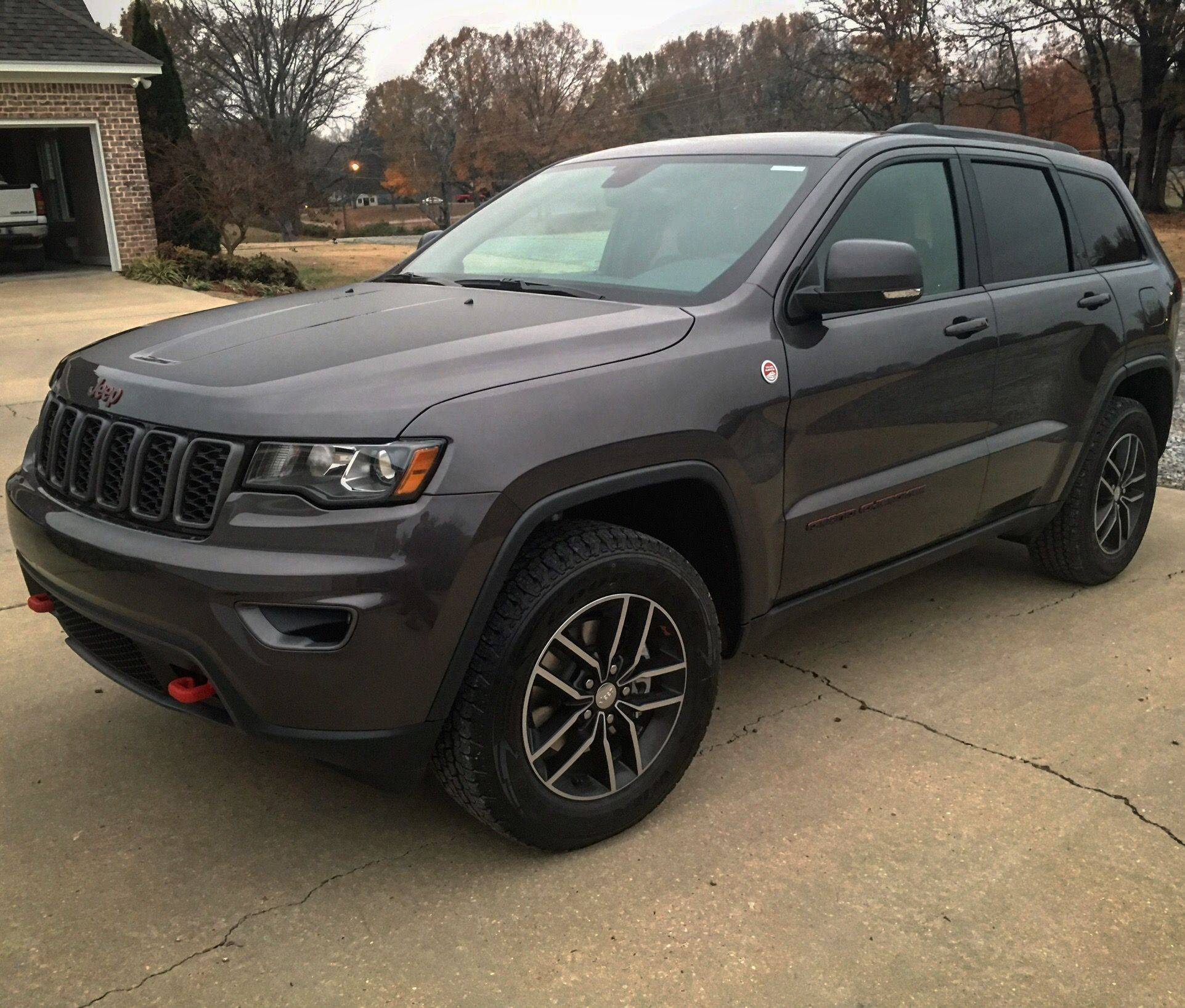 2017 Jeep Grand Cherokee Trailhawk White