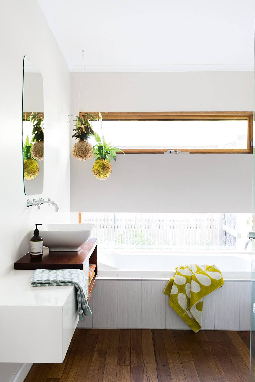 Schmales Fenster Im Bad Stil Badezimmer Wohnen Hohe Fenster