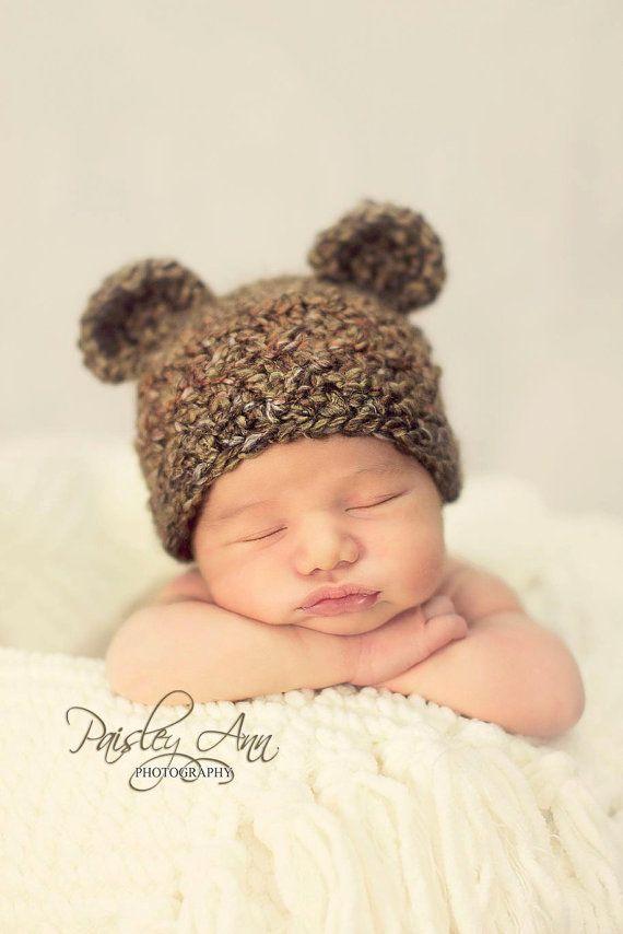 Oso de peluche bebé sombrero del ganchillo - Crochet fotografía Prop -  Brown - tamaño neonatal 5a7a6b44d85