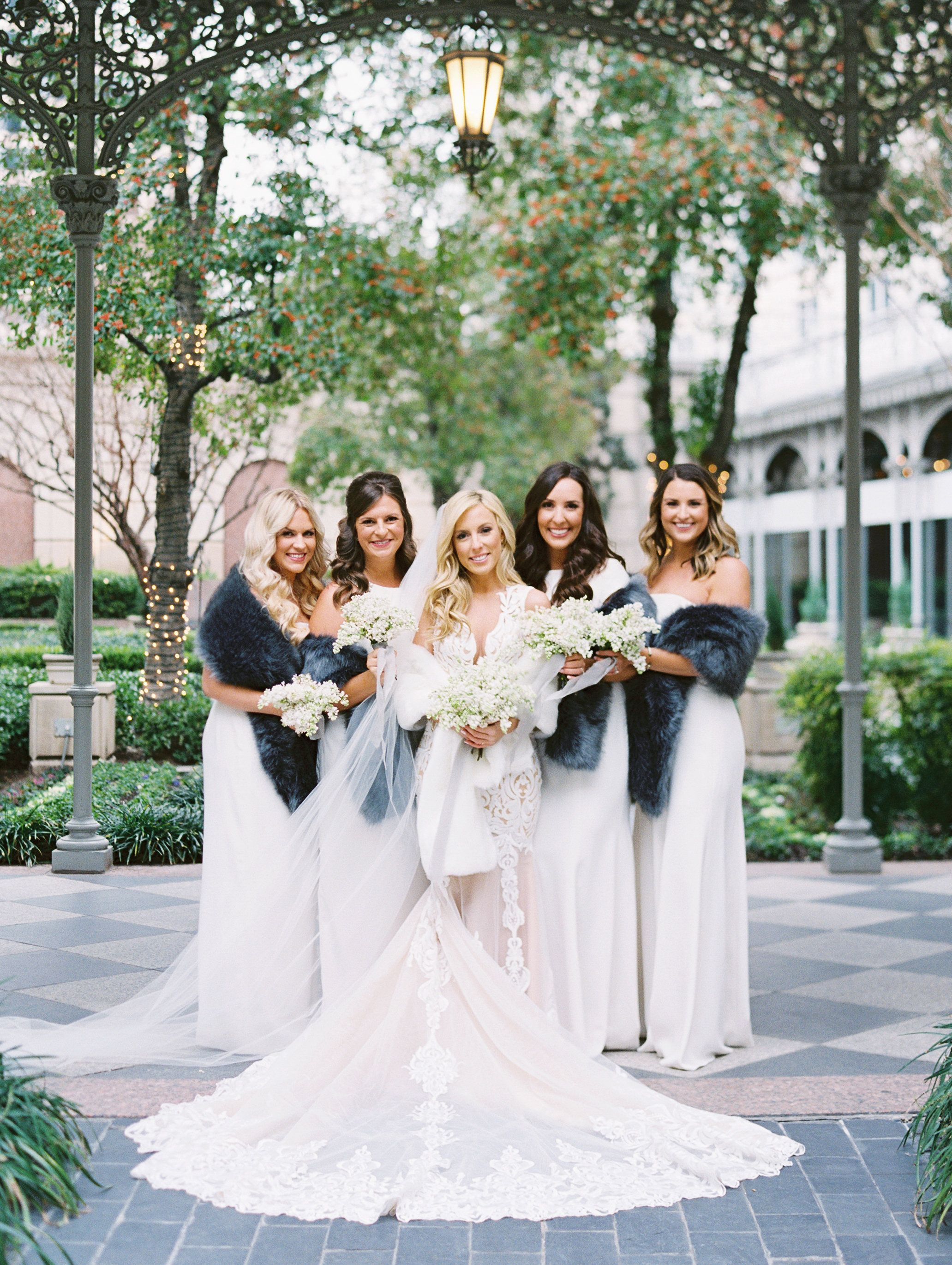 2d2e4e20906e Daily dreaming of holiday weddings like this modern New Years Eve Wedding  in the heart of the Dallas design district. Cool blues and winter whites  lead the ...