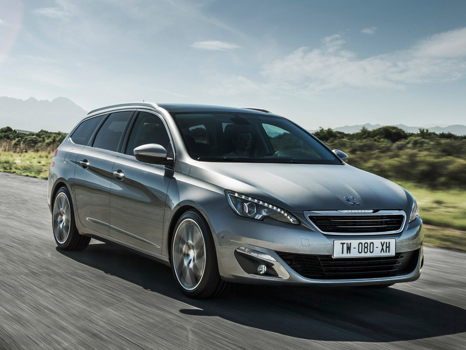 Peugeot Will Premiere New Turbo Petrols And Diesel Tech At Geneva Peugeot Peugeot France City Car