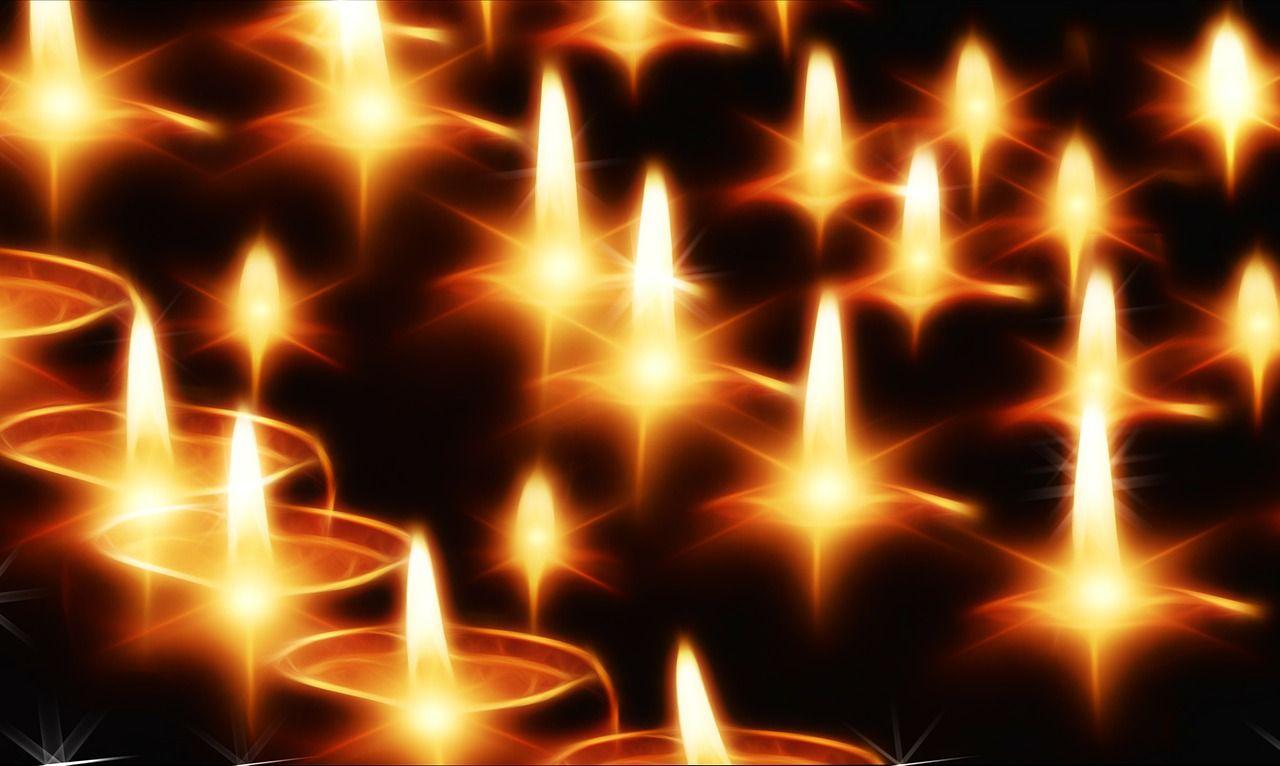 Cierges lumière feu flamme bougie inspiration religieuse