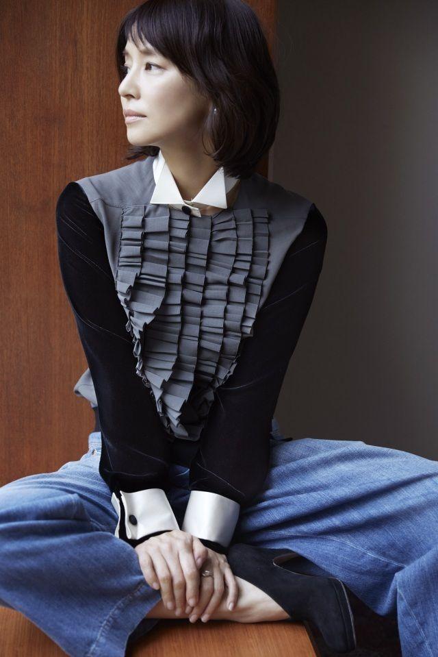 石田ゆり子、全編撮り下ろしのフォトエッセイ発売 本音語ったロングインタビューも