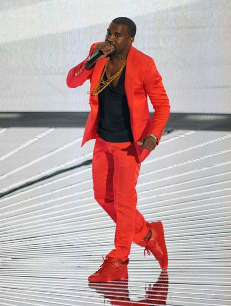 Can T Be Afraid To Step Out That Box Kanye West Style Kanye West Red Suit