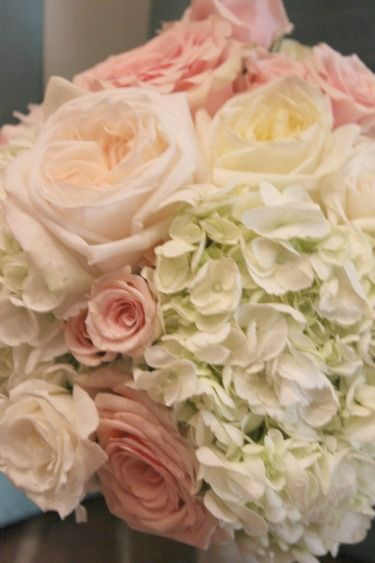 garden roses - Garden Rose And Hydrangea Bouquet