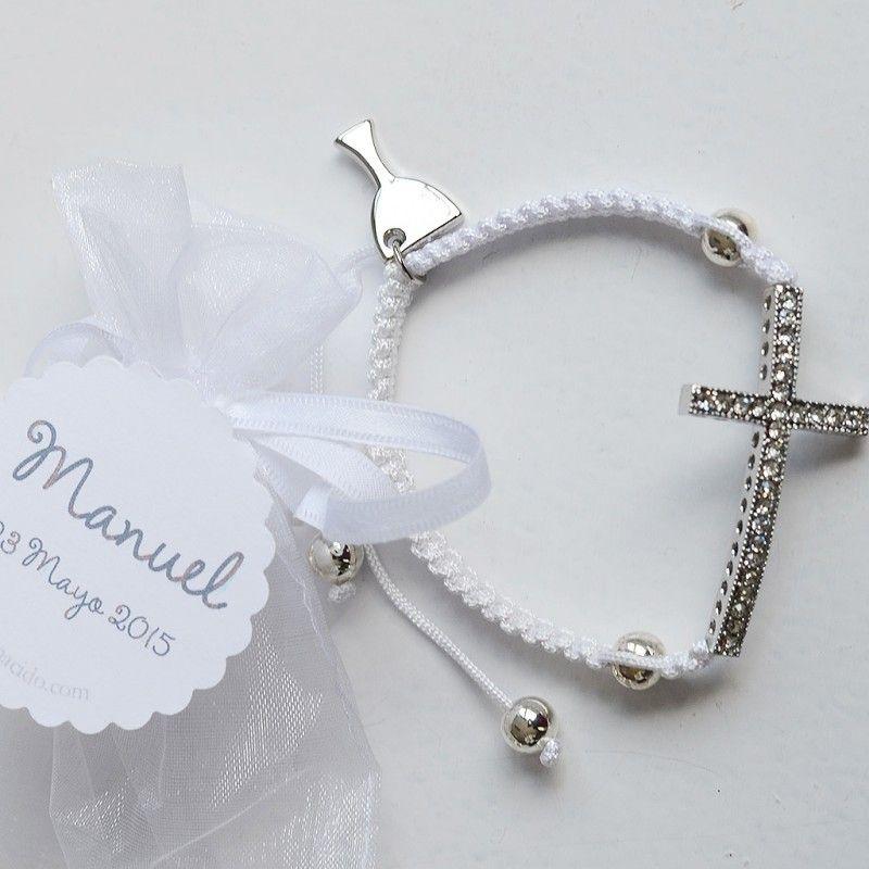 fa3e9028e28b Set de 6 Pulseras con cruz de brillantes. El regalos perfecto para los  invitados de una Comunión para  la abuela