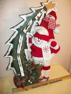 Soft Snowmen Wooden Christmas Tree Decoration Gift Wrapped on