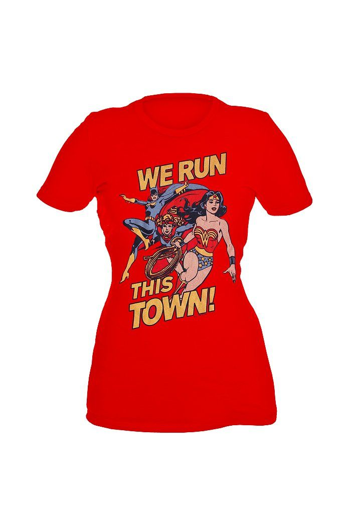 74fc636b Batgirl, supergirl, and wonder woman all on one tee. I think I'm in love.  <--me too♥